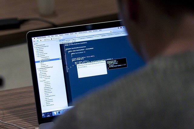 江门HTML培训学校_江门哪里有学动态网站?
